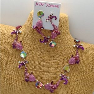 Betsey Johnson necklace  earrings  pink fish set